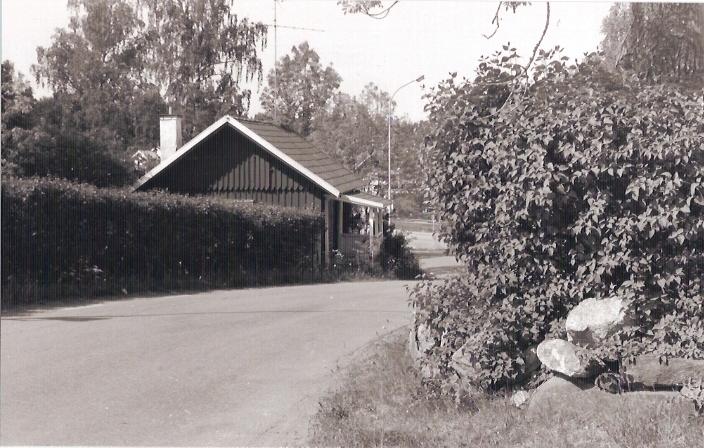 Adels hus - Aspholmen. Del av Storgatan, numera återvändsgränd vid Emmagården.